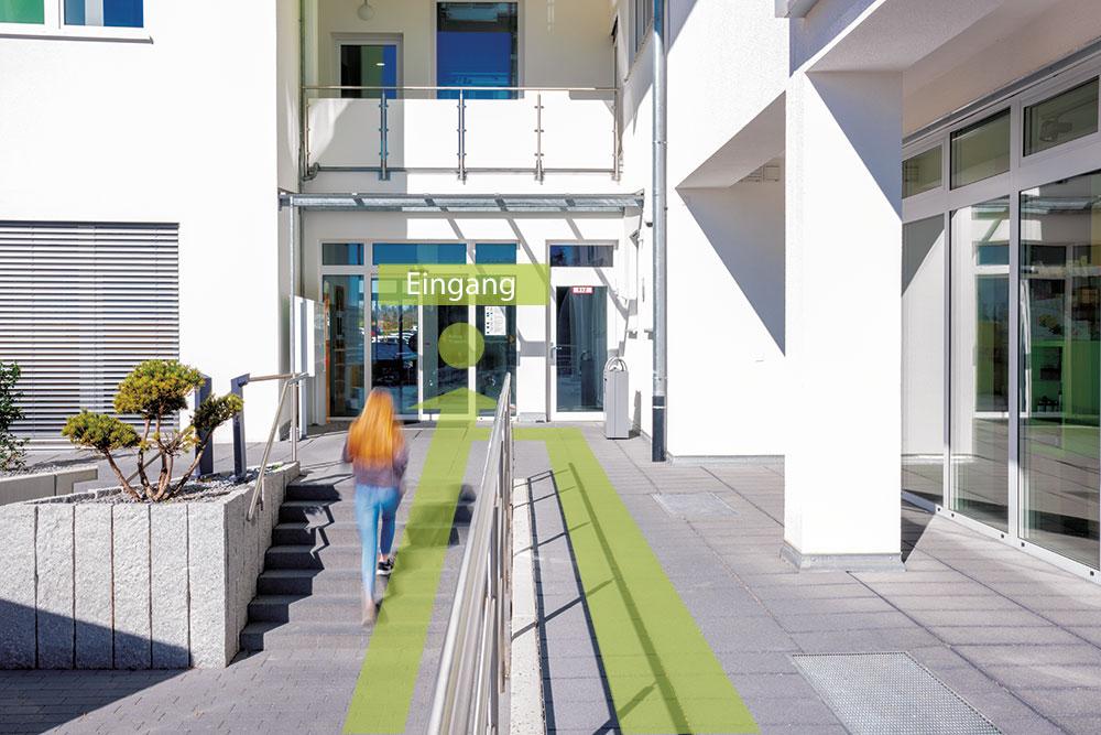 Haupteingang des Praxisgebäudes